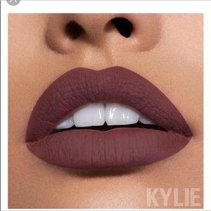 Clove Matte lipstick